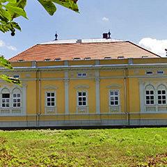 Ostffyasszonyfa: Károlyi kastély