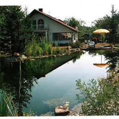 Varászló: Lovely cottage with own swimming pond