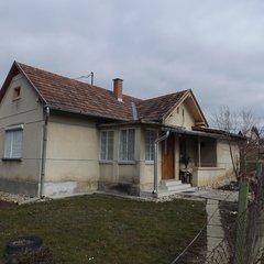 Lenti: Kleines Wohnhaus am Lentiberg